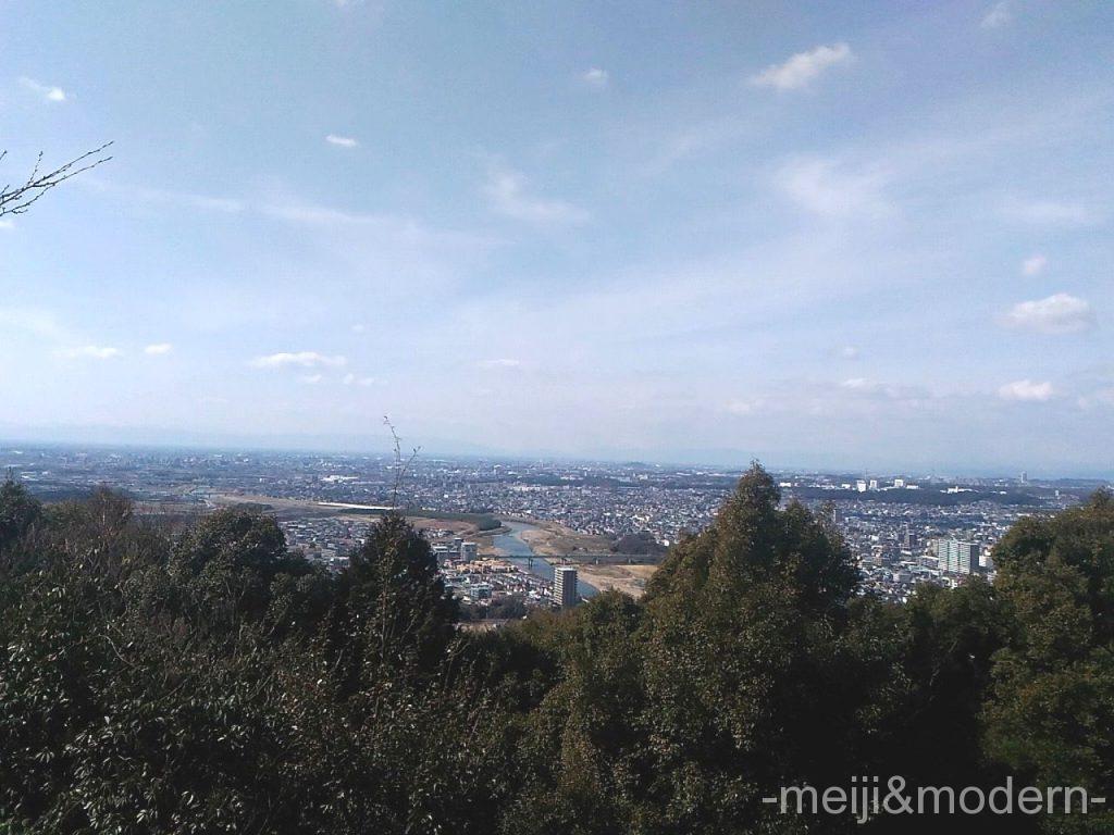 東谷山 展望台